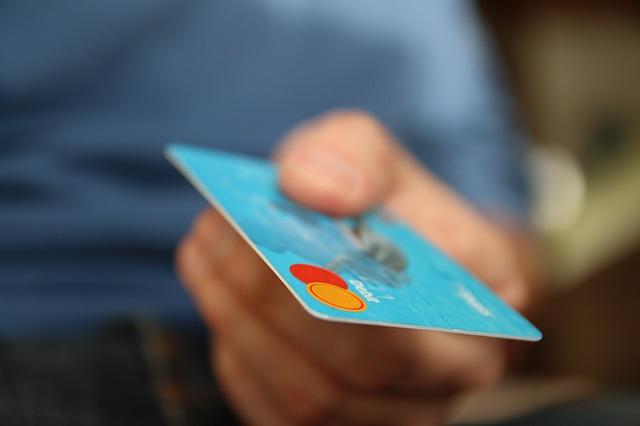 kredytowa konsumpcjonizm